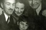 Stefan Daskiewicz with Family